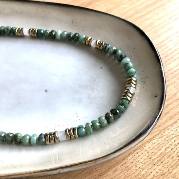 collier Athena emeraude