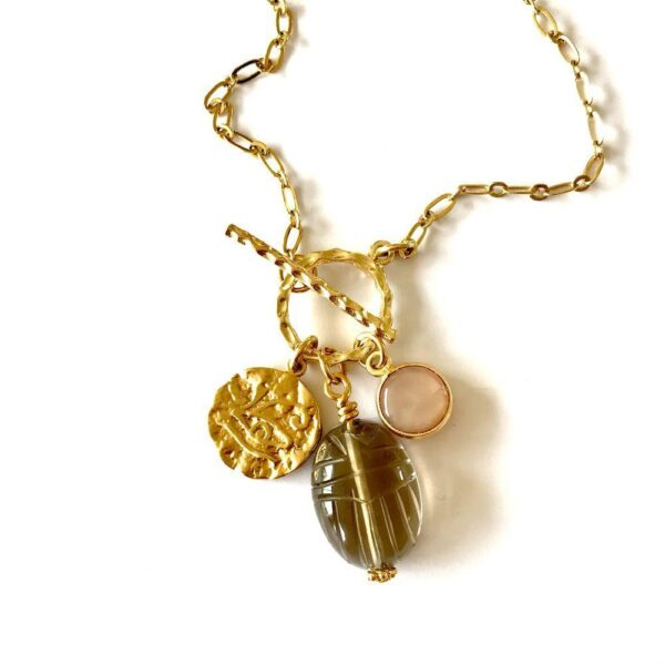 collier toggle scarab 3